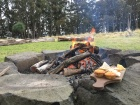 Fire-pit picnic Spicers Peak Lodge