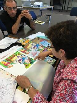 Illustrator Marjory Gardner giving a workshop at Central Queensland Literary Festival